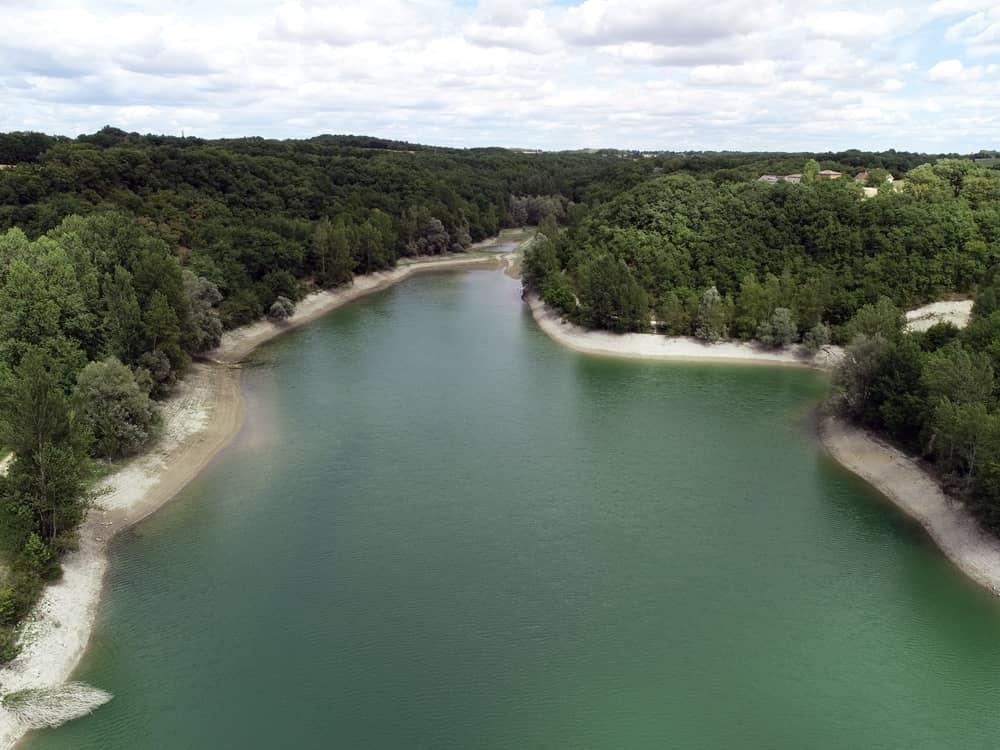 Vue aérienne du lac de Fontbouysse